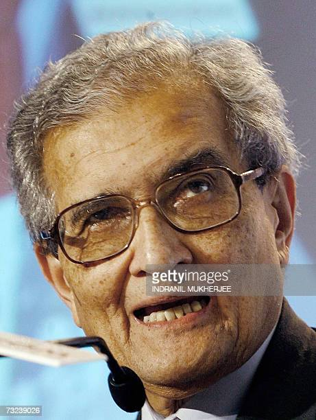 Nobel laureate Amartya Sen speaks at the India Leadership Forum 2007 summit in Mumbai 07 February 2007 NASSCOMs prestigious annual ITITES industry...