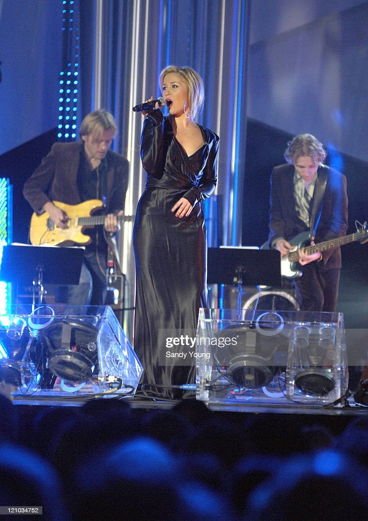 The Nobel Peace Prize 2005 - Concert