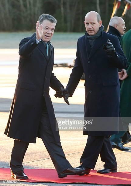Nobel Peace prize laureate Colombian President Juan Manuel Santos arrives at Oslo airport on December 9 2016 President Juan Manuel Santos receives...