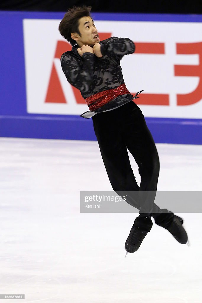 <a gi-track='captionPersonalityLinkClicked' href=/galleries/search?phrase=Nobunari+Oda+-+Figure+Skater&family=editorial&specificpeople=727292 ng-click='$event.stopPropagation()'>Nobunari Oda</a> competes in the Men's Free Program during day two of the 81st Japan Figure Skating Championships at Makomanai Sekisui Heim Ice Arena on December 22, 2012 in Sapporo, Japan.