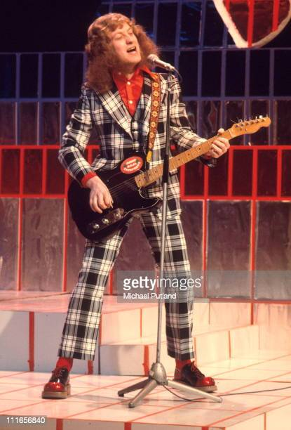 Noddy Holder of Slade performs on Top Of The Pops London December 1973