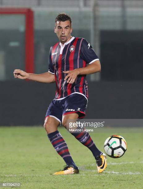 Noe Dussene of Crotone during the PreSeason Friendly match between FC Crotone and Cagliari Calcio at Stadio Comunale Ezio Scida on August 5 2017 in...