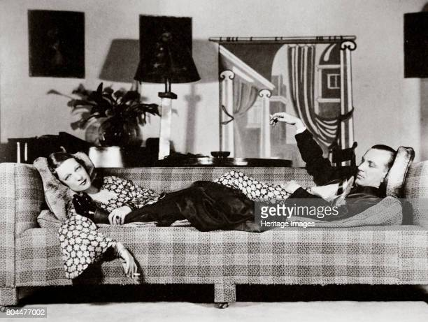 Noel Coward and Gertrude Lawrence in a scene from 'Private Lives' New York USA 1931 English actors Sir Noël Peirce Coward Gertrude Lawrence starred...