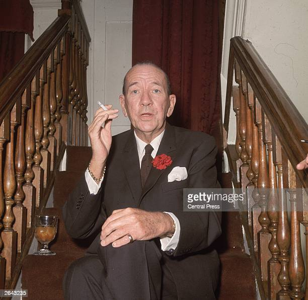 Noel Coward at the Royal Film premiere of 'Born Free' at the Odeon Leicester Square