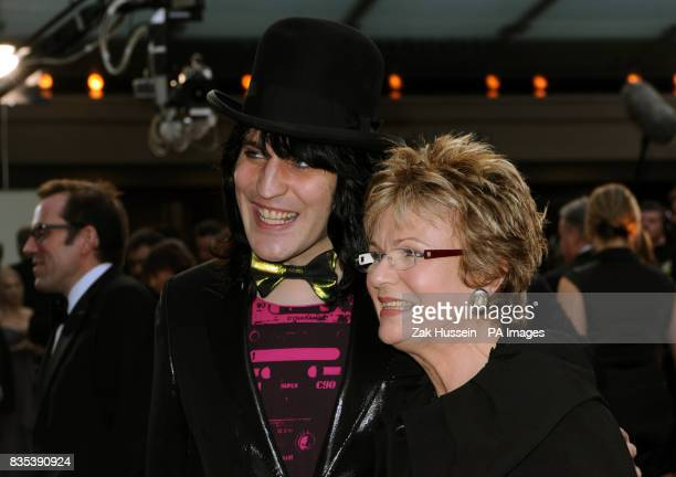 Noel Fielding and Julie Walters attend the Galaxy British Book Awards 2009 at Grovesnor House Hotel Park Lane London PRESS ASSOCIATION Photo Picture...