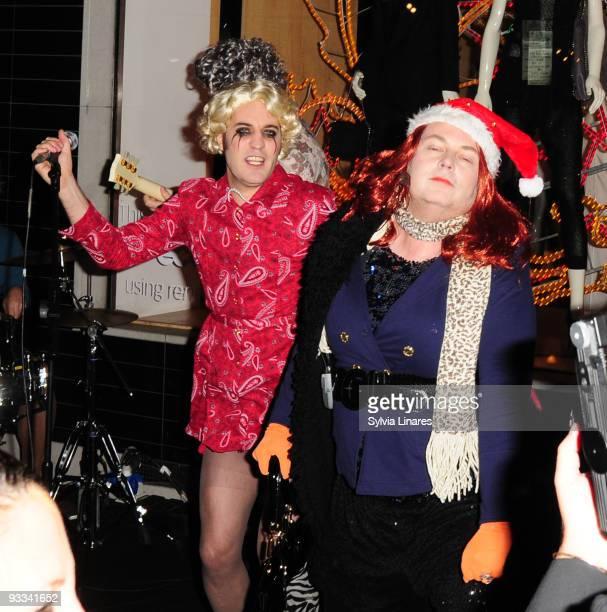 Noel fielding attend Stella McCartney Boutique Christmas Lights switch on November 23 2009 in London England