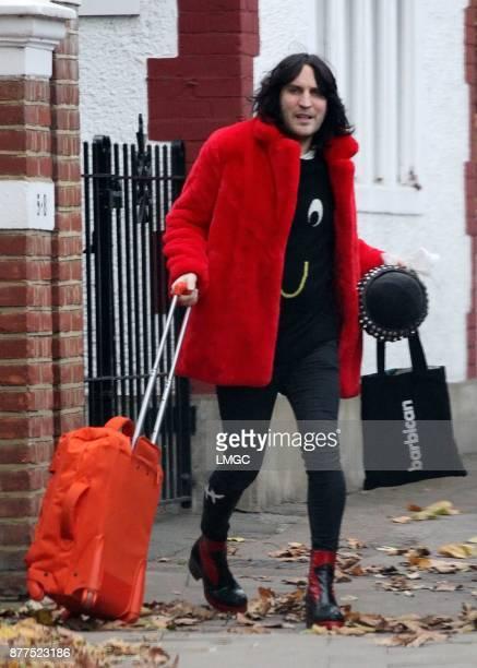PHOTOS* Noel Fielding seen in North London on November 22 2017 in London England