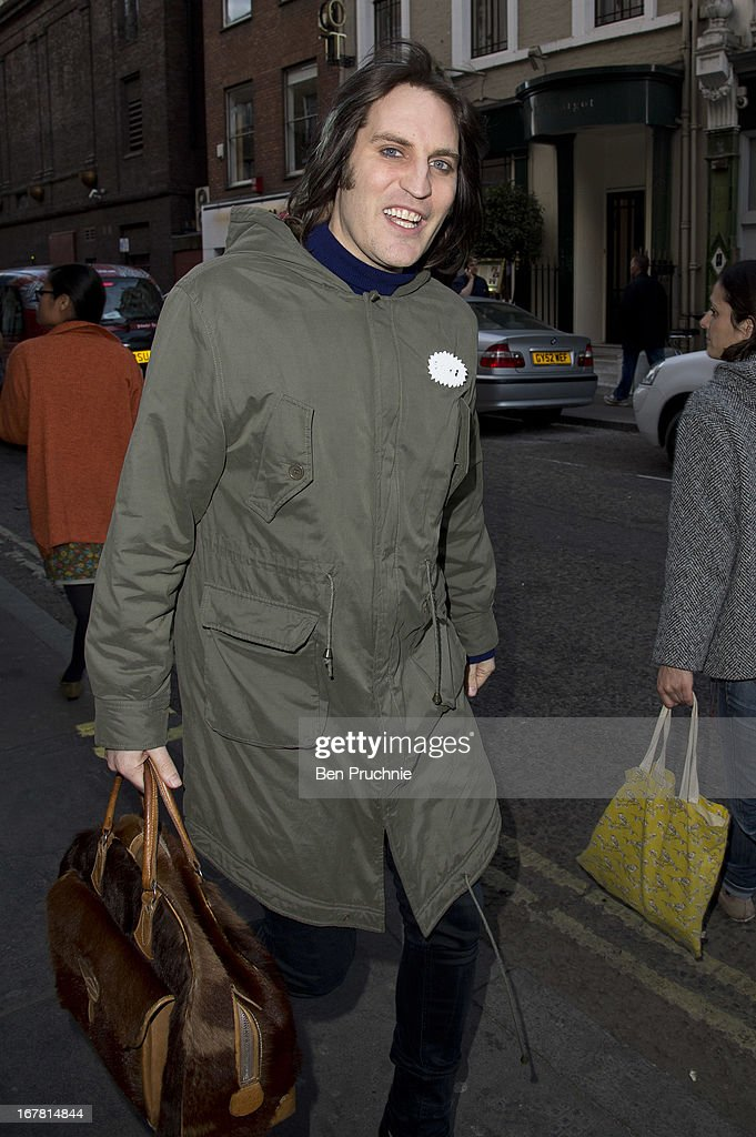 <a gi-track='captionPersonalityLinkClicked' href=/galleries/search?phrase=Noel+Fielding&family=editorial&specificpeople=2277724 ng-click='$event.stopPropagation()'>Noel Fielding</a> sighted in Soho on April 30, 2013 in London, England.