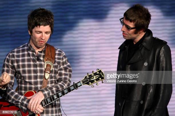 Noel Gallagher and Liam Gallagher 'Che Tempo Che Fa' Italian TV Show on November 9 2008 in Milan Italy