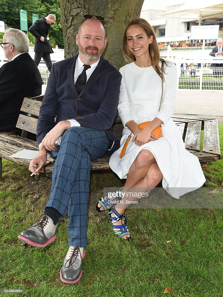 Noel Stewart and Lavinia Brennan attend the Sandown Park Racecourse Ladies' Day STYLE AWARD Hosted by Rosie Fortescue at Sandown Park on July 1, 2016 in Esher, England.