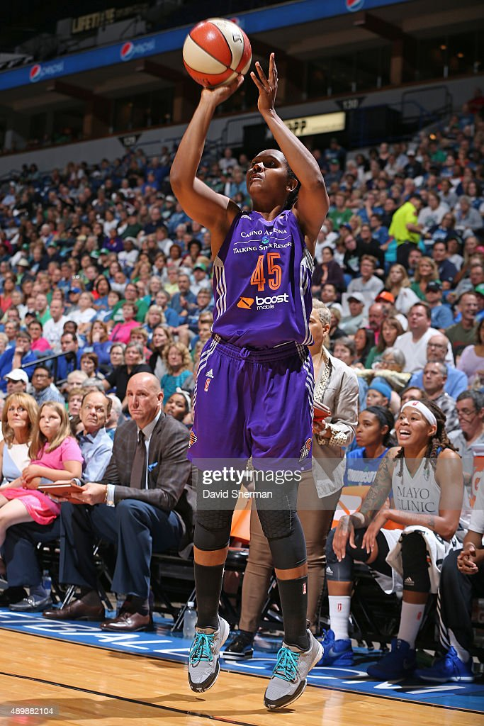 Noelle Quinn of the Phoenix Mercury shoots the ball against the Minnesota Lynx during Game One of the WNBA Western Conference Finals on September 24...