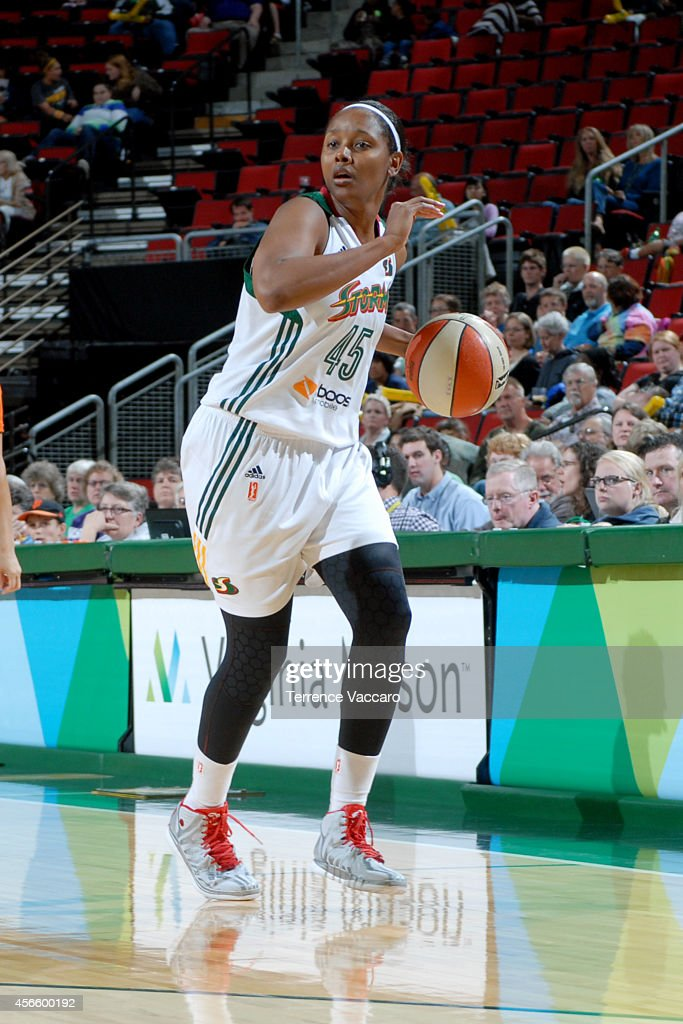 <a gi-track='captionPersonalityLinkClicked' href=/galleries/search?phrase=Noelle+Quinn&family=editorial&specificpeople=4225957 ng-click='$event.stopPropagation()'>Noelle Quinn</a> #45 of the Seattle Storm drives against the New York Liberty on July 24,2014 at Key Arena in Seattle, Washington.