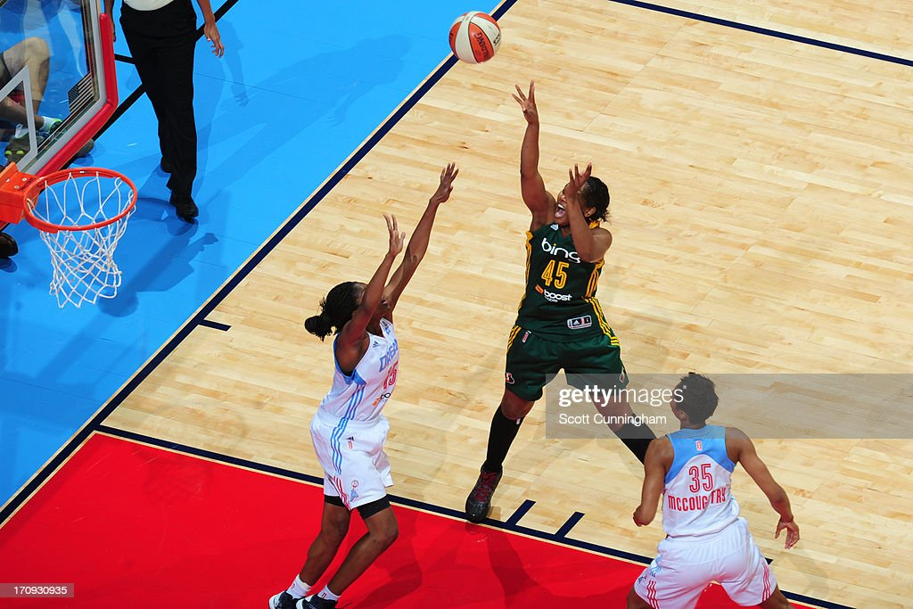 <a gi-track='captionPersonalityLinkClicked' href=/galleries/search?phrase=Noelle+Quinn&family=editorial&specificpeople=4225957 ng-click='$event.stopPropagation()'>Noelle Quinn</a> #45 of the Seattle Storm shoots the ball against the Atlanta Dream at Philips Arena on June 14, 2013 in Atlanta, Georgia.