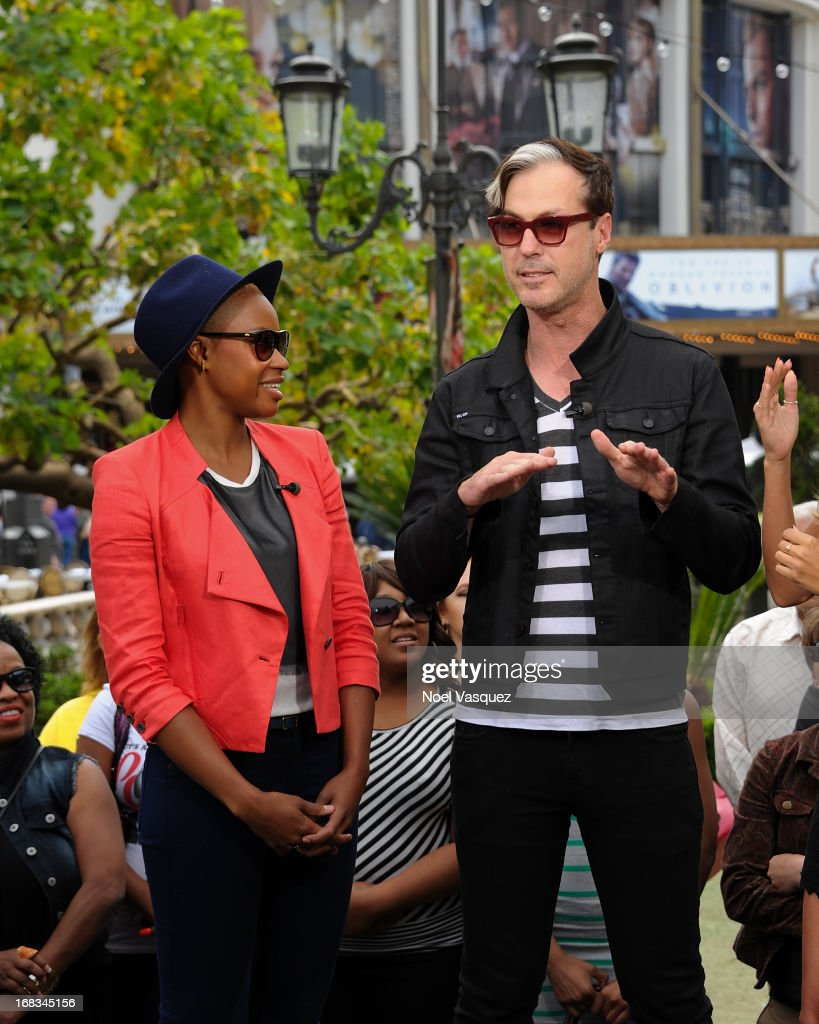 Noelle Scaggs (L) and Michael Fitzpatrick of Fitz and The Tantrums visit 'Extra' at The Grove on May 8, 2013 in Los Angeles, California.
