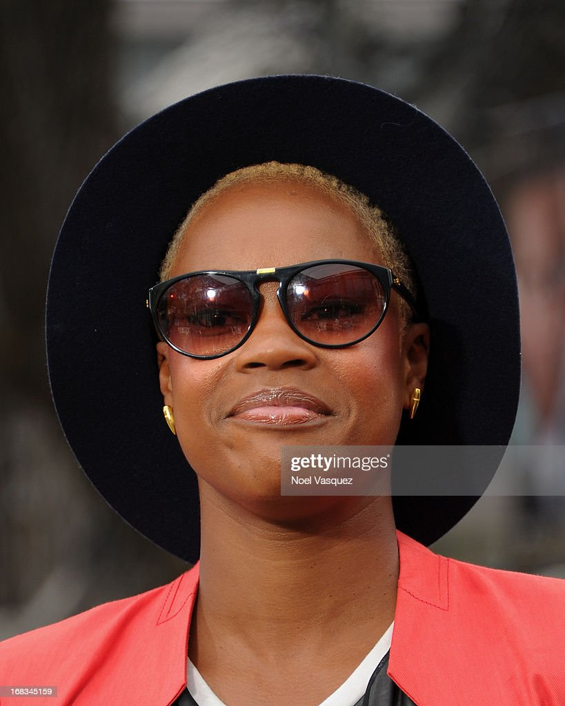 Noelle Scaggs of Fitz and The Tantrums visits 'Extra' at The Grove on May 8, 2013 in Los Angeles, California.