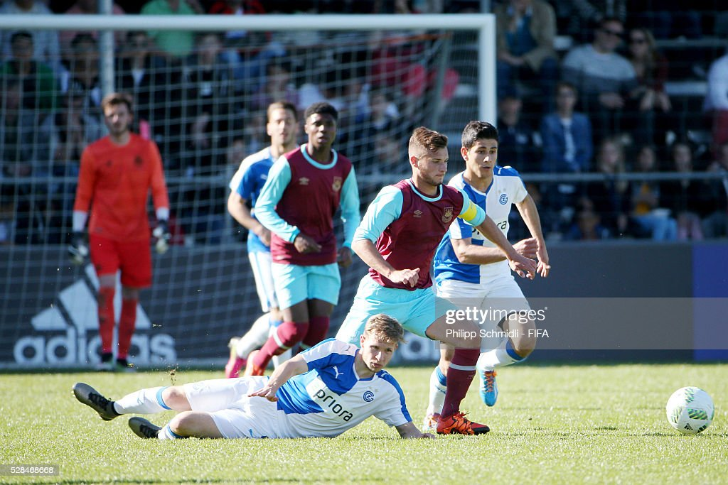 Noha Sylvestre of West Ham United FC (C) fights for the ball with Yannick Helbling (L) and Sherko Gubari (R) of Grasshopper Club Zurich during the FIFA Blue Stars 2016/FIFA Youth Cup final match between Grasshopper Club Zurich and West Ham United FC on May 5, 2016 in Zurich, Switzerland.