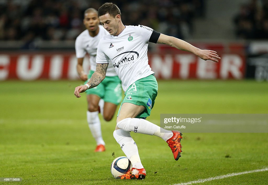<a gi-track='captionPersonalityLinkClicked' href=/galleries/search?phrase=Nolan+Roux&family=editorial&specificpeople=5969784 ng-click='$event.stopPropagation()'>Nolan Roux</a> of Saint-Etienne in action during the French Ligue 1 match between Lille OSC (LOSC) and AS Saint-Etienne (ASSE) at Stade Pierre Mauroy on December 2, 2015 in Lille, France.