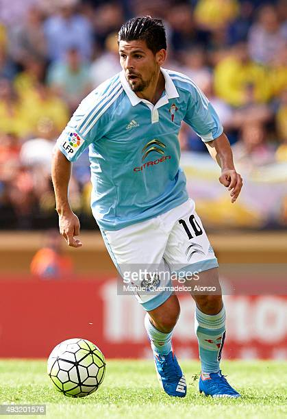 Nolito of Celta runs with the ball during the La Liga match between Villarreal CF and RC Celta de Vigo at El Madrigal Stadium on October 18 2015 in...