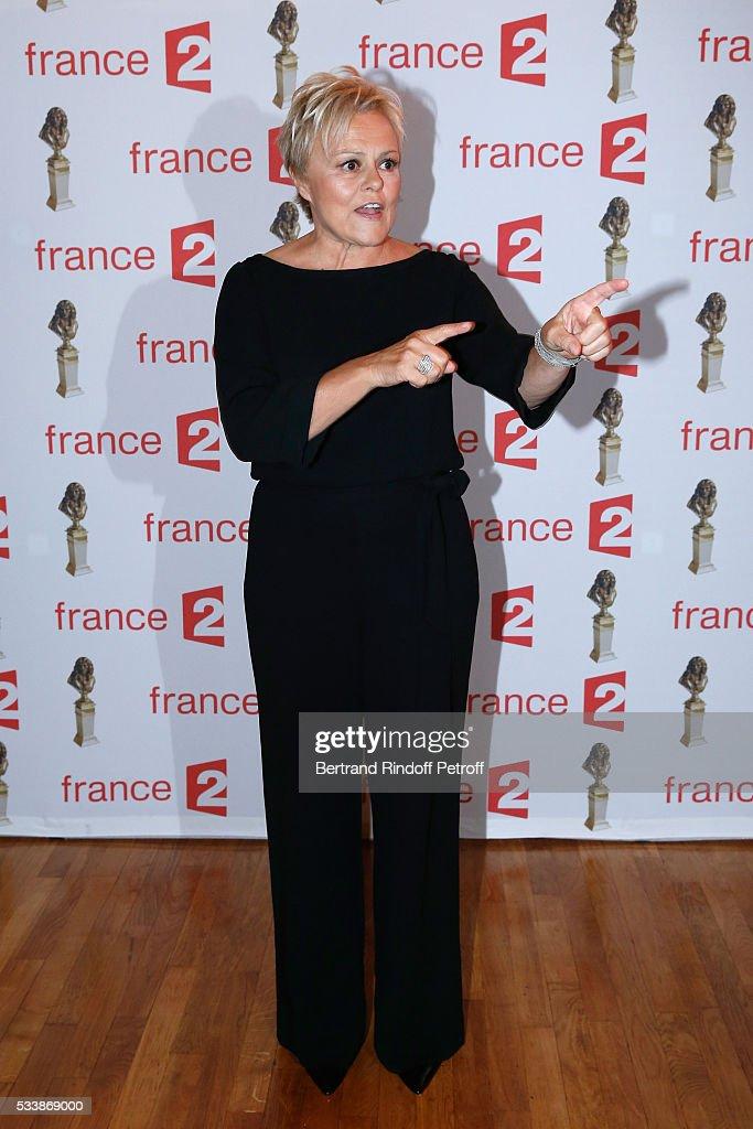 Nominated for 'Moliere de la Comedienne dans un spectacle de Theatre prive' for 'Momo' Muriel Robin attends 'La 28eme Nuit des Molieres' on May 23...