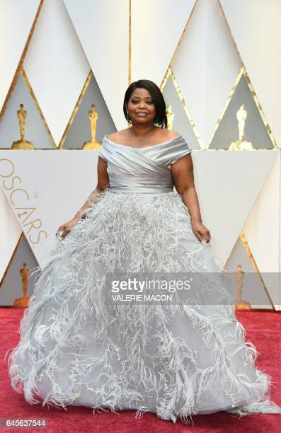 Nominee for Best Supporting Actress 'Hidden Figures' Octavia Spencer arrives on the red carpet for the 89th Oscars on February 26 2017 in Hollywood...