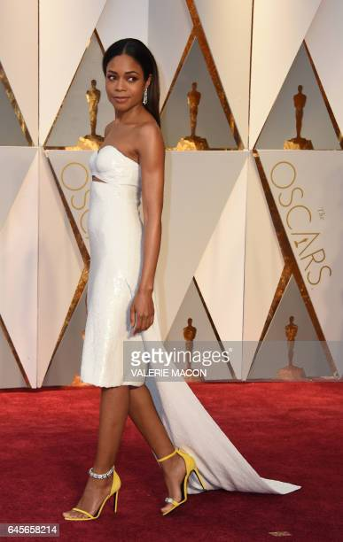 Nominee for Best Supporting Actress 'Moonlight' Naomie Harris arrives on the red carpet for the 89th Oscars on February 26 2017 in Hollywood...