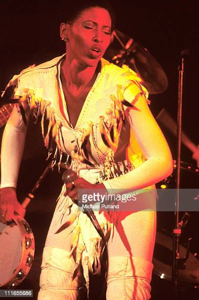 Nona Hendryx performs on stage with Labelle New York 1977