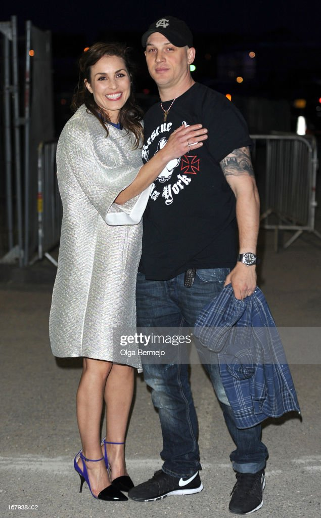 <a gi-track='captionPersonalityLinkClicked' href=/galleries/search?phrase=Noomi+Rapace&family=editorial&specificpeople=4522889 ng-click='$event.stopPropagation()'>Noomi Rapace</a> and <a gi-track='captionPersonalityLinkClicked' href=/galleries/search?phrase=Tom+Hardy+-+Actor&family=editorial&specificpeople=2209780 ng-click='$event.stopPropagation()'>Tom Hardy</a> attend the annual fundraiser in aid of Gabrielle's Angel Foundation for Cancer Research at Battersea Power station on May 2, 2013 in London, England.