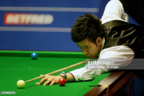 Noppon Saengkham during day six of the Betfred Snooker World Championships at the Crucble Theatre Sheffield PRESS ASSOCIATION Photo Picture date...
