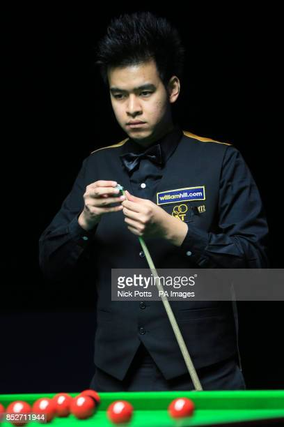Noppon Saengkham during his 62 win over Tom Ford on day one of the williamhillcom UK Championships at The Barbican Centre York