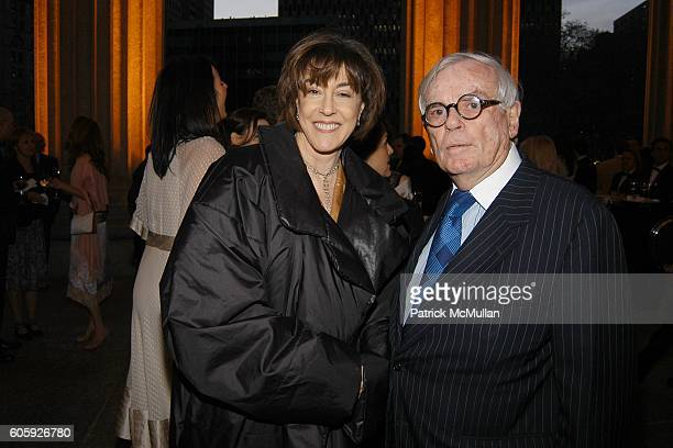 Nora Ephron and Dominick Dunne attend VANITY FAIR Tribeca Film Festival Party hosted by Graydon Carter and Robert DeNiro at The State Supreme...