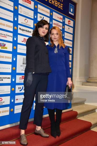 Nora Tschirner and Karoline Herfurth attend the Goldene Erbse Award 2017 on November 20 2017 in Berlin Germany