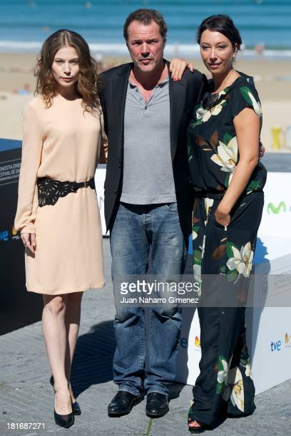 Nora von Waldstatten Sebastian Koch and Ursula Strauss attend 'Oktober/November' photocall during 61st San Sebastian Film Festival on September 23...