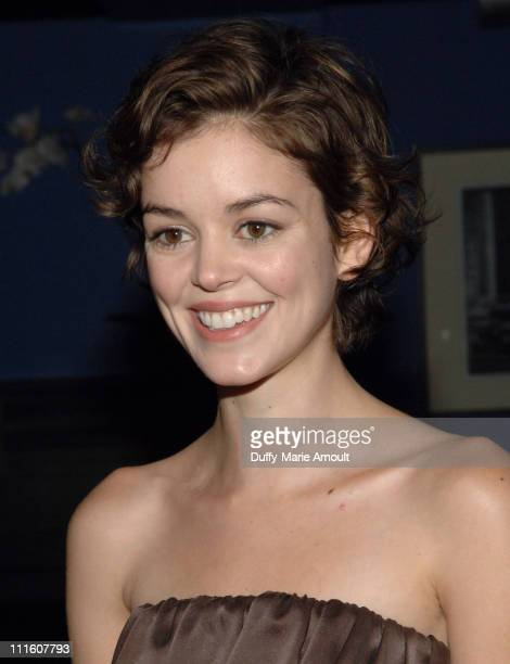 Nora Zehetner photo 22