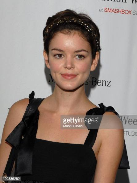Nora Zehetner photo 32