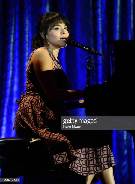 Norah Jones performs at the USC Shoah Foundation Institute 2013 Ambassadors for Humanity gala at the American Museum of Natural History on October 3...