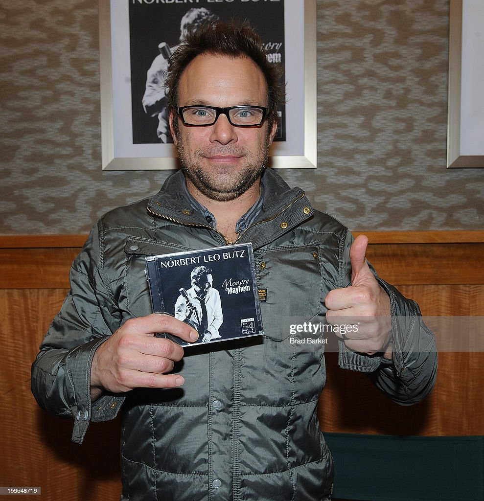 Norbert Leo Butz attends a CD signing and performance at Barnes & Noble, 86th & Lexington on January 15, 2013 in New York City.
