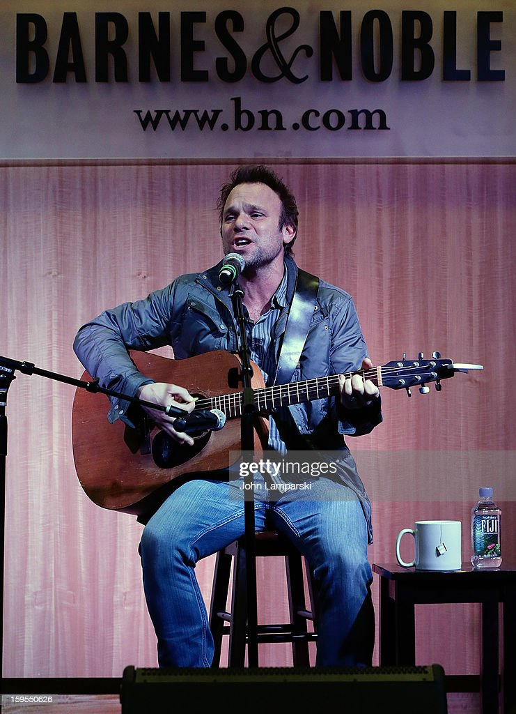 Norbert Leo Butz promotes 'Norbert Leo Butz Memory & Mayhem: Live at 54 BELOW' at Barnes & Noble, 86th & Lexington on January 15, 2013 in New York City.