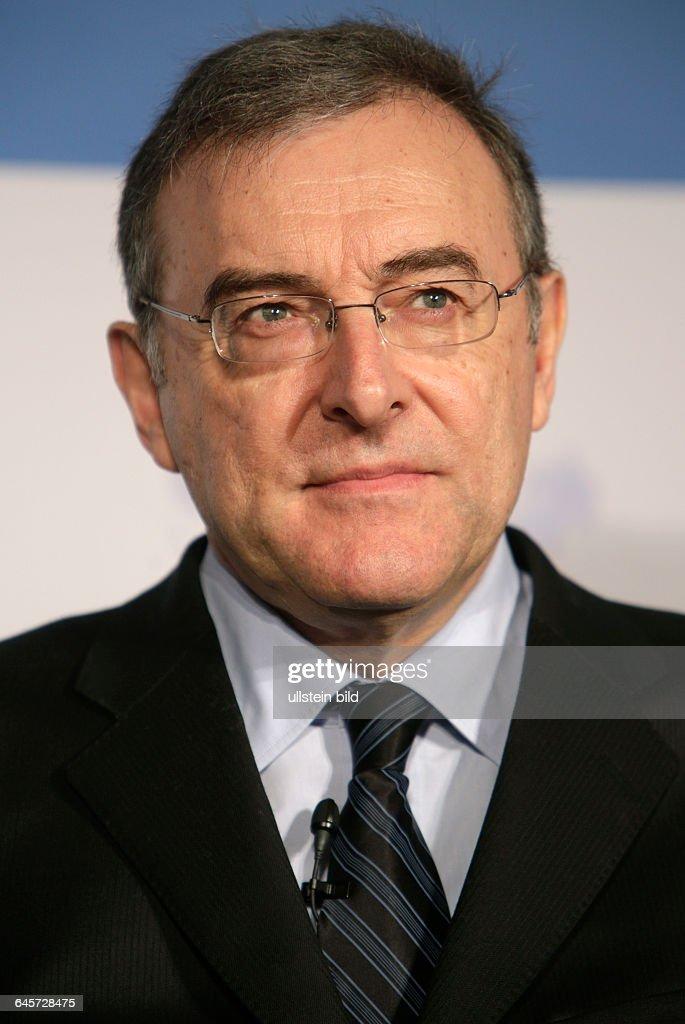 Norbert Reithofer Vorstandsvorsitzender der BMW AG PK zu TTIP