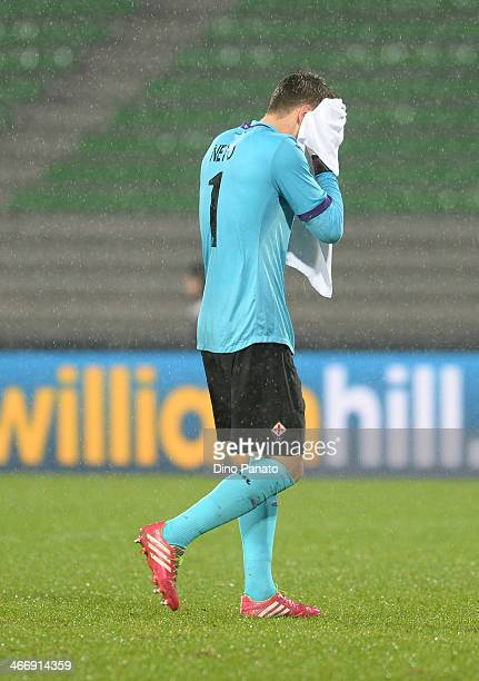 Norberto Murara Neto goalkeeper of ACF Fiorentina shows his dejection during the TIM Cup match between Udinese Calcio and ACF Fiorentina at Stadio...