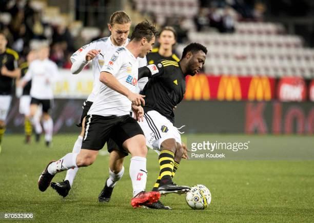 Nordin Gerzic of Orebro SK Chinedu Obasi of AIK during the Allsvenskan match between Orebro SK AIK at Behrn Arena on November 5 2017 in Orebro Sweden