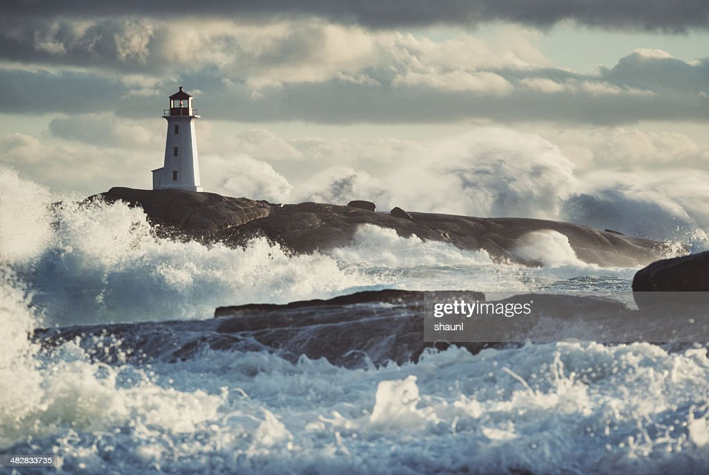Nor'Easter at Peggy's : Stock Photo