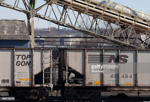 Norfolk Southern Corp train cars sit at the coal fired Mirant Potomac River Generating Station in Alexandria Virginia US on Friday Feb 19 2010 US...