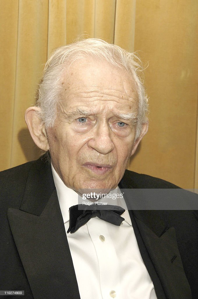 <a gi-track='captionPersonalityLinkClicked' href=/galleries/search?phrase=Norman+Mailer&family=editorial&specificpeople=206831 ng-click='$event.stopPropagation()'>Norman Mailer</a>, winner of the Medal for Distinguished Contribution to American Letters