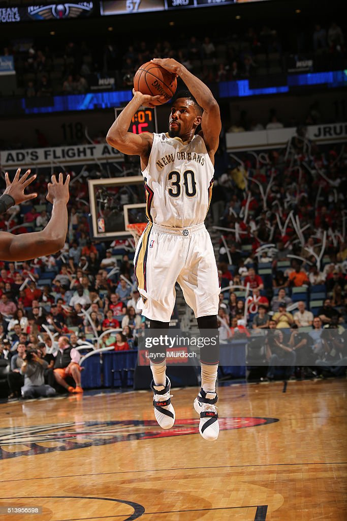 Norris Cole of the New Orleans Pelicans shoots the ball against the Utah Jazz on March 5 2016 at Smoothie King Center in New Orleans Louisiana NOTE...