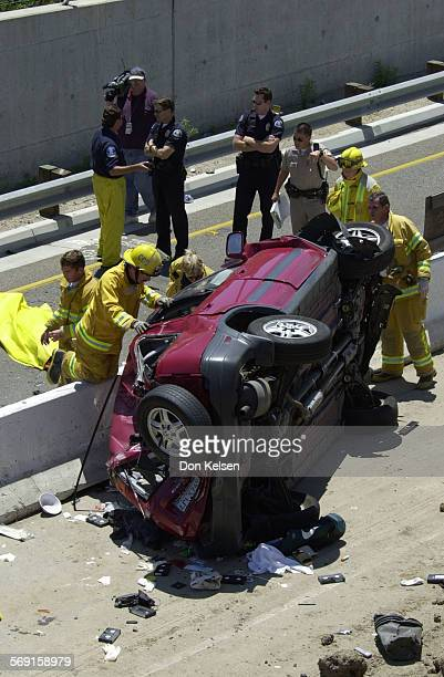 North bound vehicle transitioning from the 73 freeway to the north San Diego Freeway crashes with possible fatalities involved Small Honda SUV comes...
