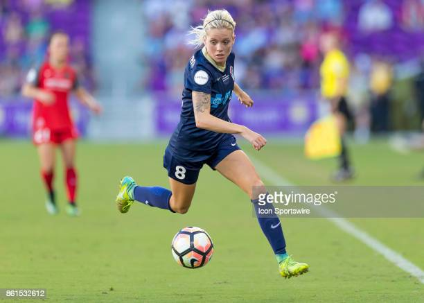 North Carolina Courage midfielder Denise OSullivan looks to pass the ball during the NWSL soccer Championship match between the North Carolina...