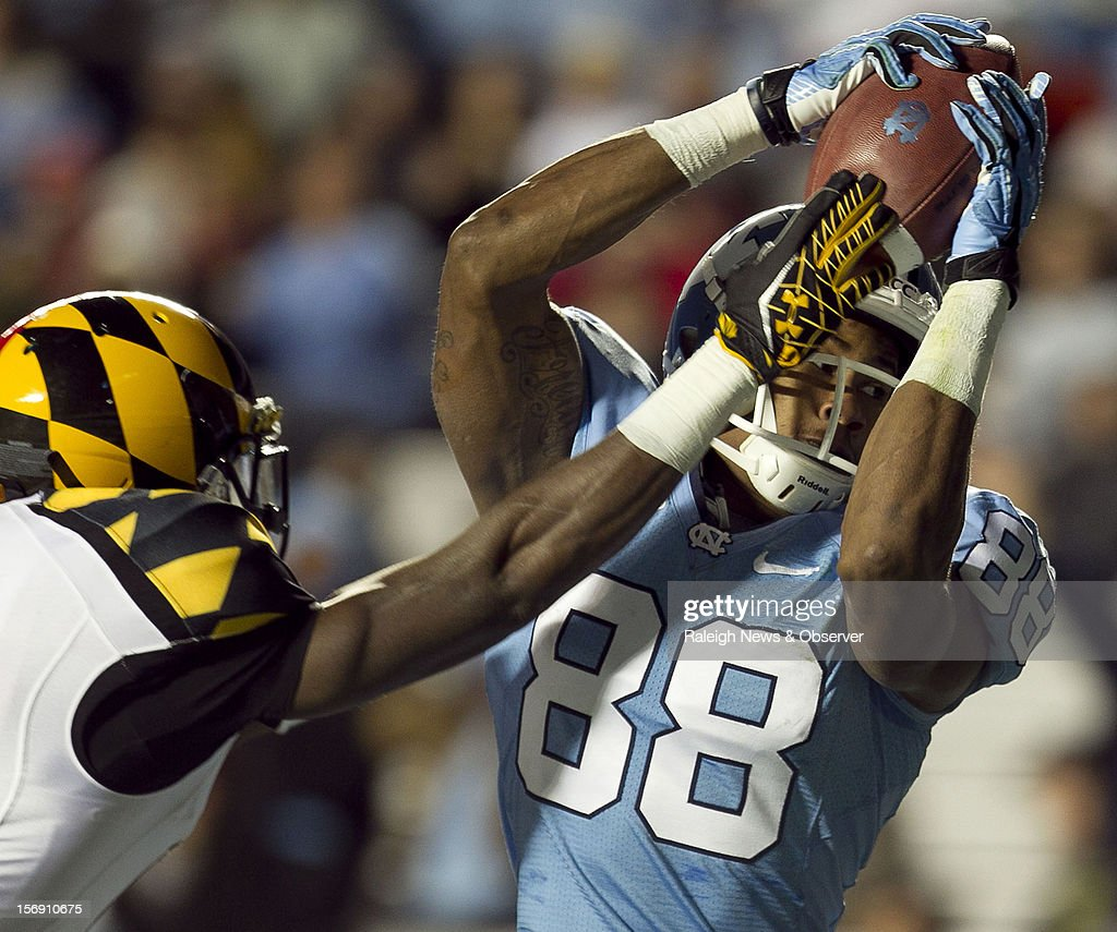 North Carolina's Erik Highsmith (88) pulls in a 15-yard pass from quarterback Bryn Renner in the third quarter on Saturday, November 24, 2012, at Kenen Stadium in Chapel Hill, North Carolina. The host Tar Heels won, 45-38.