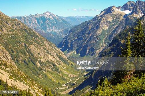 North Cascades Valley