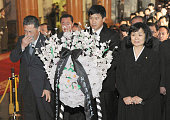 PYONGYANG North Korea Mourners cry in front of the body of North Korean leader Kim Jong Il lying in state at the Kumsusan Memorial Palace in...