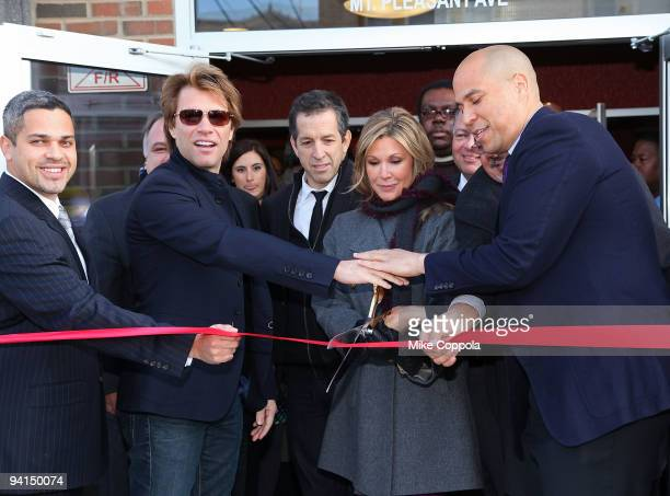 North Ward Councilman Anibal Ramos Jr musician Jon Bon Jovi designer Kenneth Cole HELP USA Chairman Maria Cuomo Cole and City of Newark Mayor Cory...